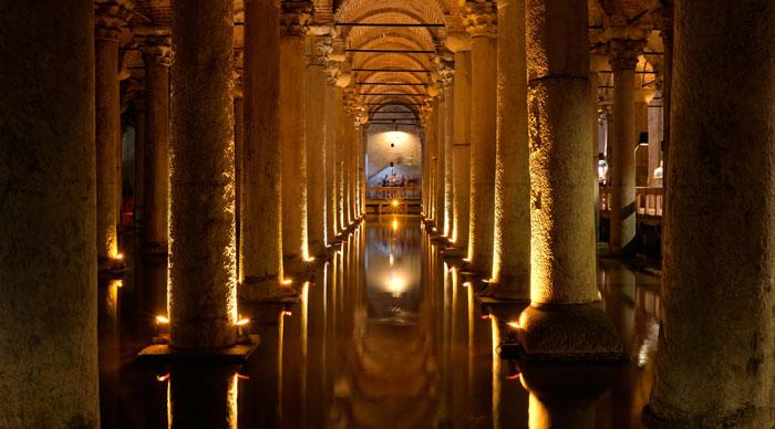 Basilica Cistern Pillars